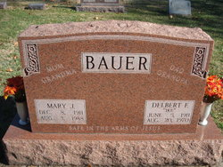 Mary J Bauer