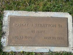 Robert J Stratton, Sr