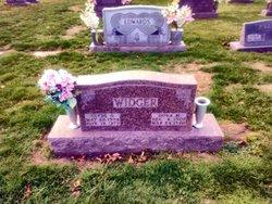 Clyde D Widger