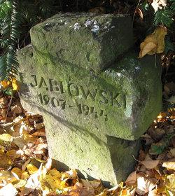 E Jablowski