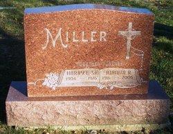 Juanita R Miller