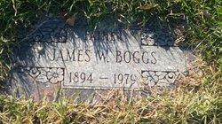 James W Boggs