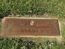 Edith Sylvia