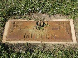 Agnes F Mitten