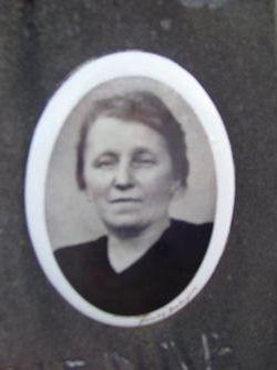 Maria Zoë Van De Hende