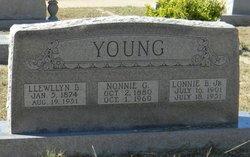 """Llewllyn Boone """"Lonnie"""" Young"""