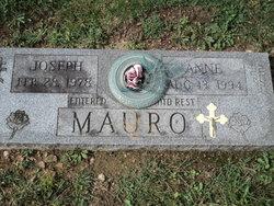 Anne Mauro