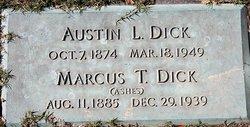 Marcus T Dick