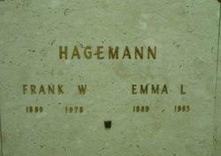 Emma L Hagemann
