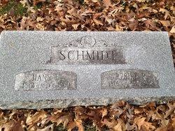 Erzsike R Schmidt