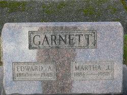 Martha J Garnett