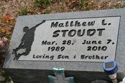 Matthew L Stoudt