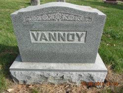 George W Vannoy