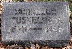 Tusnelda R Schroder