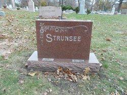 Ella C. Strunsee
