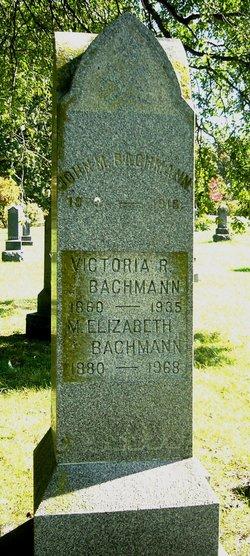 Victoria R Bachmann