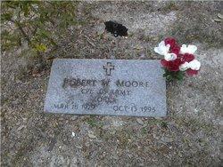 Robert W Moore