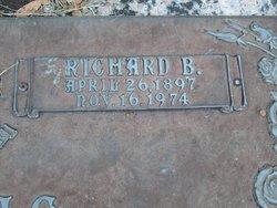 Richard B Crowe