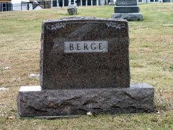 Sina M. Berge