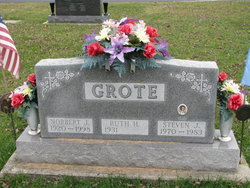 Ruth H Grote
