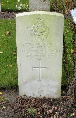 Flight Sergeant (W.Op./Air Gnr.) Andrew Allan