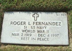 Roger L Fernandez