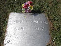 Robert Jones, Jr.
