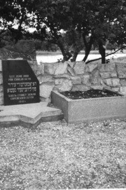 Ludza Massacre Graveyard August 17, 1941