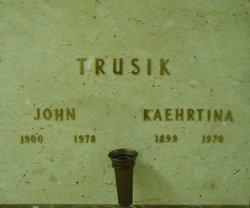 Kaehrtina Trusik