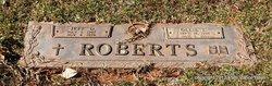 Jeff D Roberts
