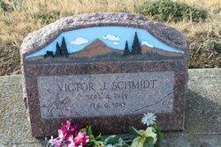 Victor J Schmidt