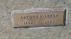 Arthur R Beyer