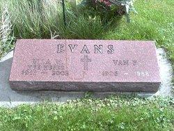 Vila Margarette <I>Heser</I> Evans
