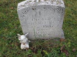 Lindsay A Oickle