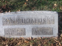 "Eugie Bell ""Sarah"" <I>McCans</I> Nichoalds"