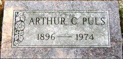 Arthur C O Puls