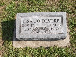 Lisa Jo DeVore