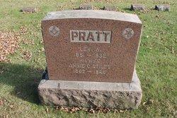 Levi W Pratt