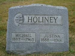 Justina Holiney