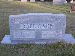 Plume <I>Sanders</I> Robertson
