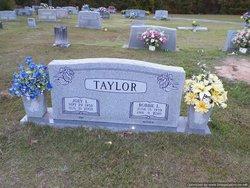 Bobbie L Taylor