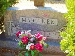 Roberta Frances <I>Grady</I> Martinek