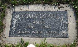 Anne Tomaszeski