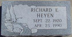 Richard E Heyen