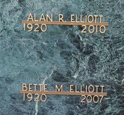 Bette Maxine <I>MacDougall</I> Elliott