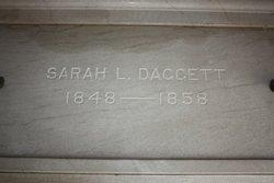 Sarah L Daggett