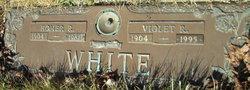 Violet R <I>Johnson</I> White