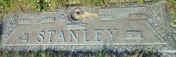 Paul L Stanley