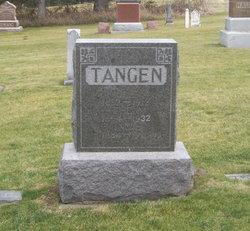 Ole Jacobson Tangen