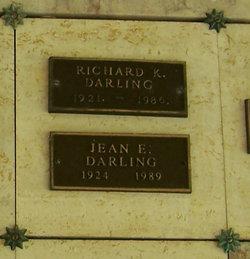 Jean E Darling